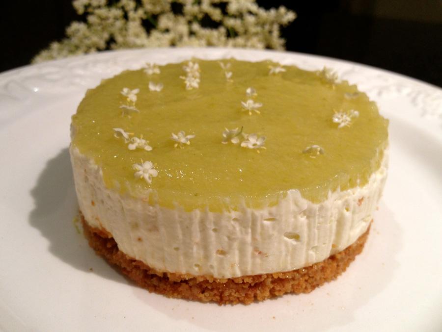 Cape Gooseberry Wedding Cake